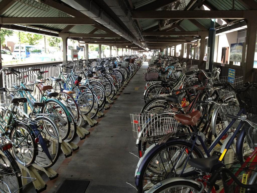 Cykelparkering vid Kyoto Station