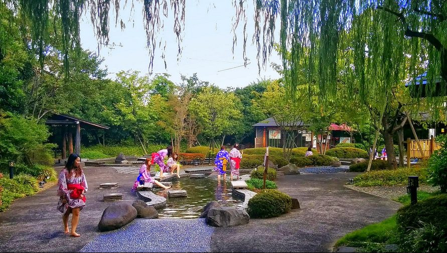 Odaiba Oedo Onsen (hot spring amusement park)